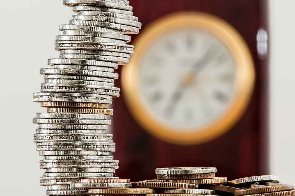 Hourly rates of resources and Bookingcost